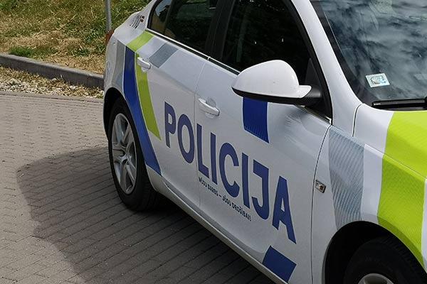 ФОТО: В Резекне Volvo «атаковало» BMW, по счастливой случайности никто не пострадал