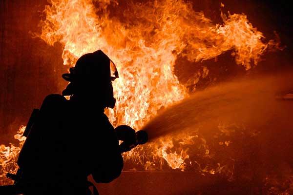 В Резекне случился пожар повышенной опасности