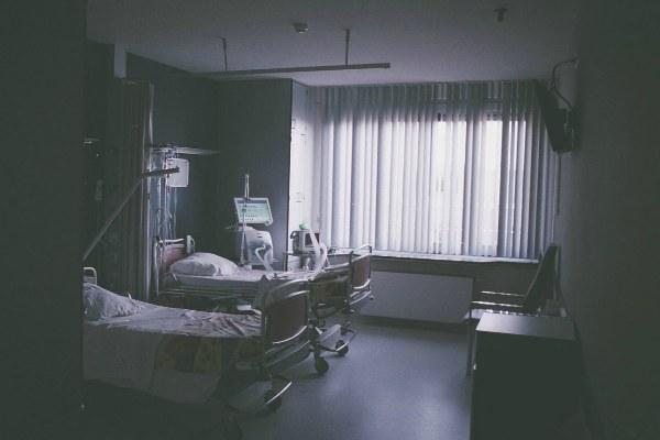 Скончался обвиняемый в смерти пациента врач Резекненской больницы