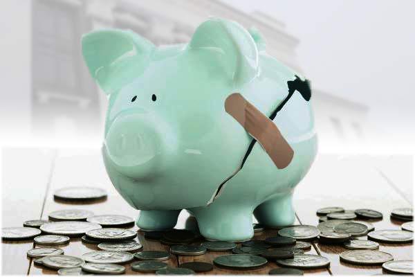 Долговые обязательства Резекненской думы достигли исторического максимума; самоуправление задолжало более 2-х бюджетов