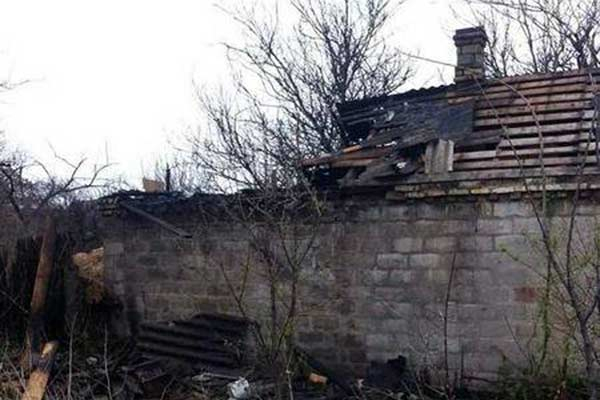 В Сакстагальской волости загорелась хозпостройка