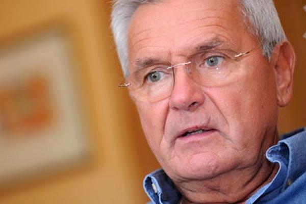 Янис Юрканс: электорат в Латвии зомбированный и безмозглый