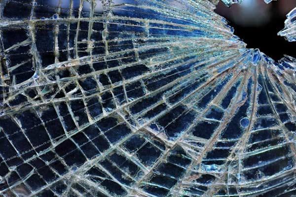 Женщина в Резекненском крае спровоцировала аварию с пострадавшими
