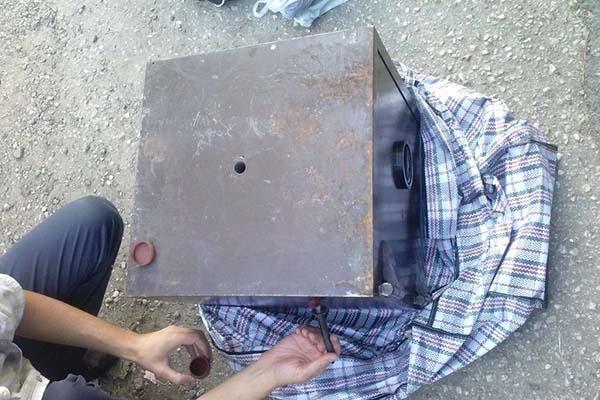 Мужчина украл сейф с 4000 евро