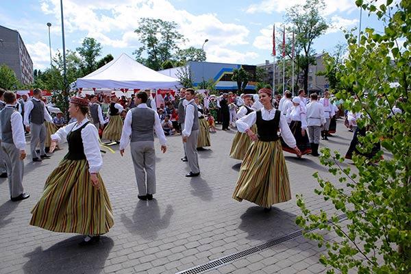 В Резекне открылось посольство Праздника песни и танца