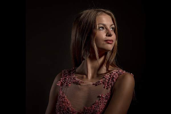 «Мисс Резекне 2018» на международном конкурсе красоты получила титул
